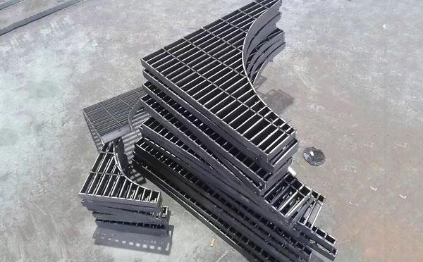 异型钢格栅