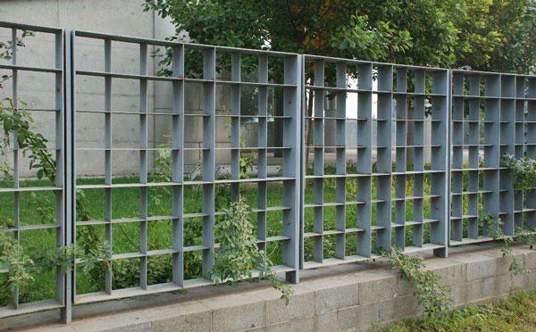 钢格栅围栏